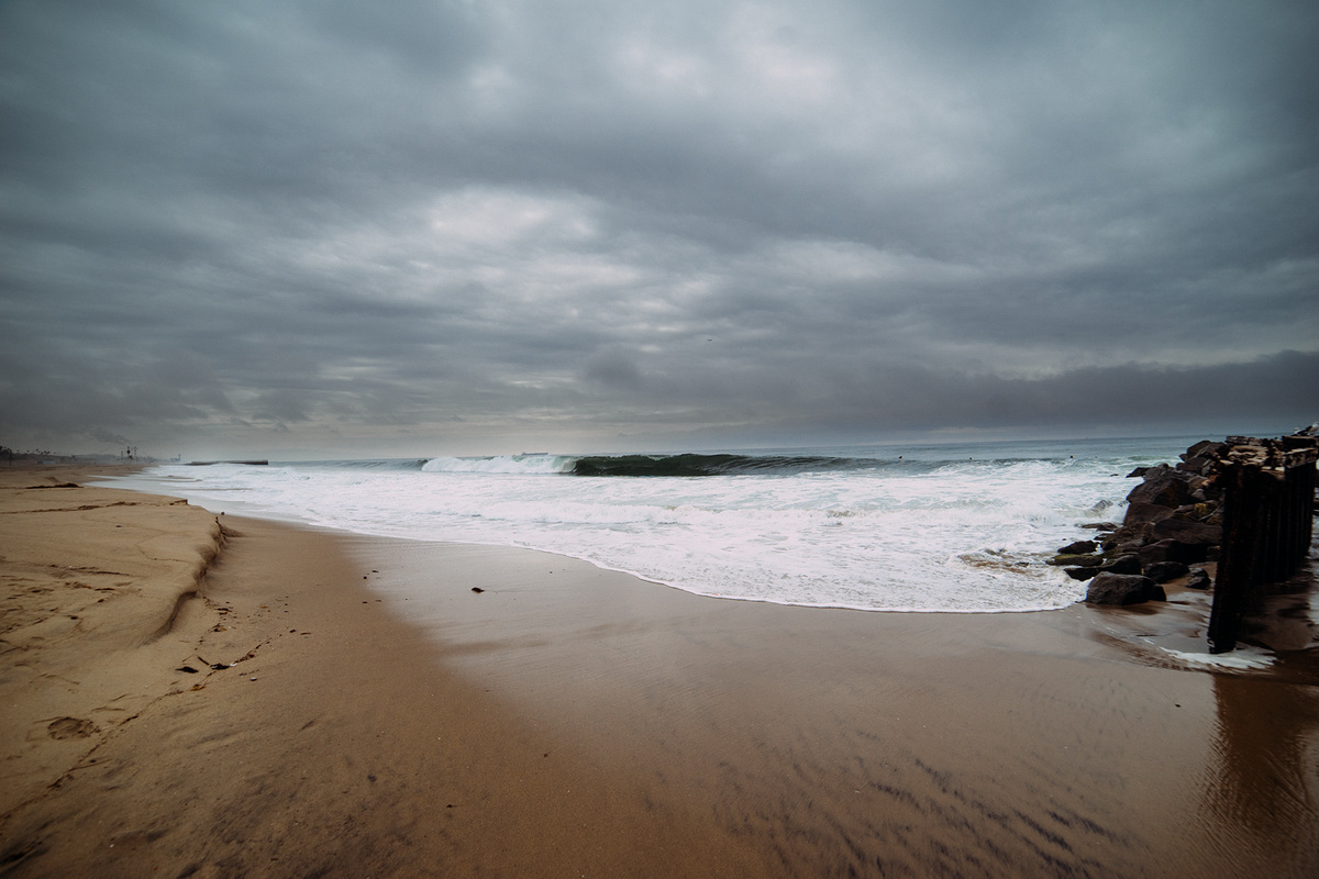 Sea, waves